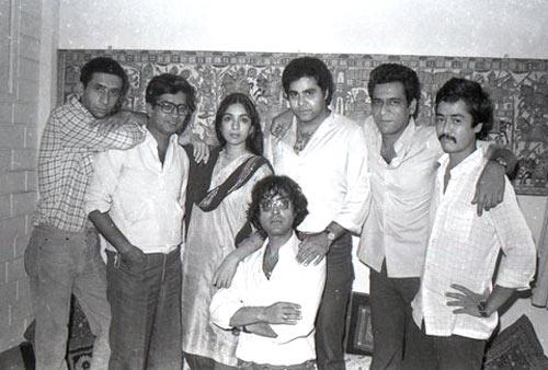 Jaane Bhi Do Yaaro (1983) 1